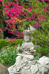 A DI DA PHAT QUAN THE AM BO TAT DAI THE CHI BO TAT GUANYIN KWANYIN BUDDHA 9199 (ketnoivietnam) Tags: amazing affectionate amitabha architecture art asia avalokitesvara awesome bangkok beautifull beijing palace bhutan bodhisattva bouddha buddha tooth relic temple buddhism buddhist china chinatown chua excellent fantastic flickraward gold golden guanyin hainan hdr history hong kong indian information japan korea kuanim kuanyin kwanyin laos laughing 佛 观音 観音 寺