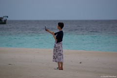 IMGP2544 (Claudio e Lucia Images around the world) Tags: selfie beach maldive baa sea china green blue