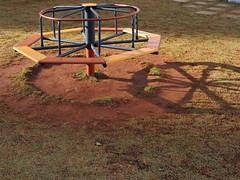23 (sullmarc) Tags: nikon coolpix digital shadow outdoor f36 iso80 80