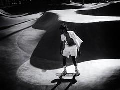 Cruising (Feldore) Tags: venice beach skateboard skateboarder california cool white shirt feldore mchugh em1 olympus 1240mm street candid light shadows
