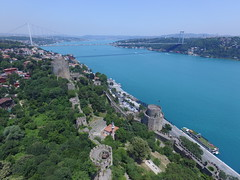 Rumelihisarı from the air (CyberMacs) Tags: projectweather aerialarchaeology air architecturalstyle arhitecture basilica bosphorus bosphorusbridge bosporus boğaz boğazkesencastle boğazkesenhisarı building bástya clearday dronephotography fsmköprüsü fatihsultanmehmetbridge fatihsultanmehmetköprüsü fort fortress istanbul köprü phantom3 places roumelihissarcastle rumelihisarı rumeliancastle sarıyer skyphotos suspensionbridge turkey turkisharchitecture wall aerial aerialphotography drone droneography fromabove outdoor tower tr