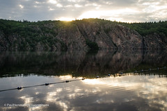 Sunrise - over the cliffs (Paul Henman) Tags: mazinawlake 2017 torontophotowalks bonecho ontario paulhenman paulhenmanphotographyca httppaulhenmanphotographyca topw topw5thannualphotocamp