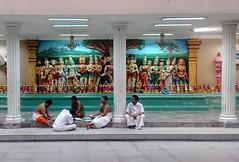 Sri Maha Mariamman Temple (Cleu Corbani) Tags: srimahamariamman templohindu gente people cultura religion religiones templos hindues