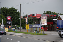 Texaco, Featherstone West Yorkshire. (EYBusman) Tags: texaco petrol gas gasoline filling service station garage featherstone west yorkshire wakefield road gulf valero eybusman