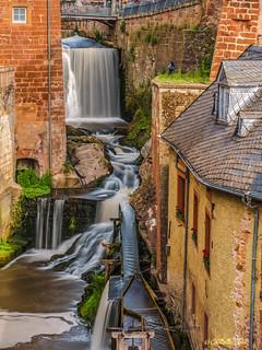 P6056253-HDR - 2017-06 - Wasserfall mitten in der Stadt - Saarburg