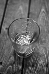 """Au Bistrohophop.... Remettre ça"" (The Blue Water Lily's Company) Tags: fdrouet nb bw monochrom monochrome film bar bretagne brittany locquirec nikon bistrohophop mojito"