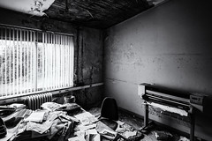 Déjà Rêvé (Dagelijksbrood) Tags: déjàrêvé déjàvu 2017 belgium europe blackwhite bw decay dark derelict d3300 digital demolished decaying abandoned abandonedbuilding abandonedplaces abandonment blackandwhite blancoynegro blanc noiretblanc noir black white abandonedoffice office dream dreaming alone awakening spell matrix creepy eerie exploration exploring urbandecay urbanexploration urbanexploring urbex urbanexplorer rotten beautiful oldandbeautiful beautyofdecay forgotten flickr tamron1024mmf3545diiivchld tamron1024 haunted lostplaces light neglected nikon new oldbuildings quotes spooky verlaten zwartwit world lachaudronnerie