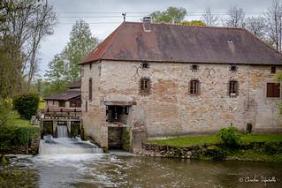 Moulin D'Angoin sur la Guye - 71