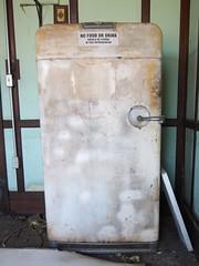 FRIGIDAIRE by GM (photography_isn't_terrorism) Tags: abandoned rust rusted rusty fridge refrigerator dusty urbex