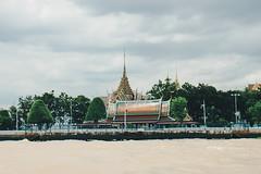 _MG_1291 (WayChen_C) Tags: thailand bangkok chaophrayariver wat architecture ประเทศไทย บางกอก กรุงเทพมหานคร แม่น้ำเจ้าพระยา 泰國 曼谷 昭披耶河 thaigraduationtrip 湄南河