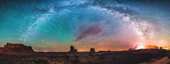 Monument Valley Dreams (Robert Loe) Tags: monumentvalley desert west panorama pano panoramic milkyway nightskystars star clouds auroraborealis sand cloud cloudscape glow light illuminated landscape image nightscape starscape