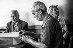 Three Men-DSC_5591 (thomschphotography3) Tags: turkey istanbul asia men oldmen friends game play playing streetphotography blackandwhite three oldage old freetime shadow