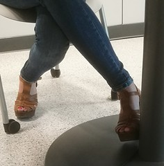 Street feet (662) (♠I Love Feet & Shoes♠) Tags: street sexy feet lingerie tights heels highheels sandali scarpe piedi sandals shoes chaussures pieds sandales schuhe sandalen füse ноги сандалий ботинок туфля pie zapatillas sandalias pés πόδια sapatos παπούτσια sandálias σανδάλια calcanhares каблуки mules huf hoof casco οπλή копыто stockings bas strümpfe medias meias κάλτσεσ чулки sabot pantyhose