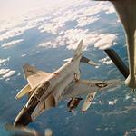 1966 Air Force Jet Refueling While Flying - Phantom F-4C tiếp nhiên liệu trên không thumbnail
