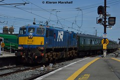 112 arrives at Connolly, 20/6/17 (hurricanemk1c) Tags: railways railway train trains irish rail irishrail iarnród éireann iarnródéireann 2017 generalmotors gm emd 111 nir northernirelandrailways northerncounties 112 8112 dublin connolly 0936whiteheadrpsidublinconnolly