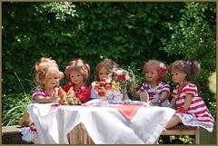 Süße Früchtchen ... (Kindergartenkinder) Tags: dolls himstedt annette frühling park blume garten kindergartenkinder essen grugapark personen blumen rosen annemoni sanrike tivi milina jinka sommer
