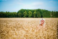 Lily (Luca Ricagni) Tags: luca lucaricagni wwwlucaricagniit nature model models girl girls d700 nikon nikkor 50mm 50 ricagni wheat portrait portraiture ritratto ritrattistica