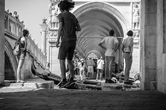 friends (dasu_) Tags: italien orte personen street venedig nikon nikond90 venice