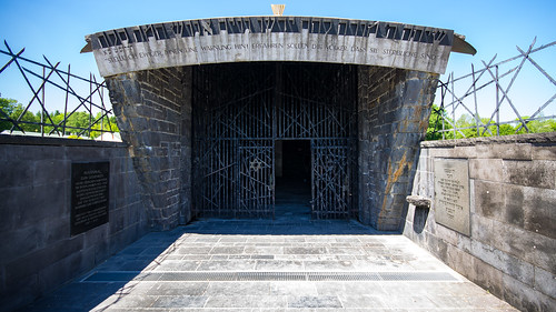 Jewish memorial, Dachau, 20170527