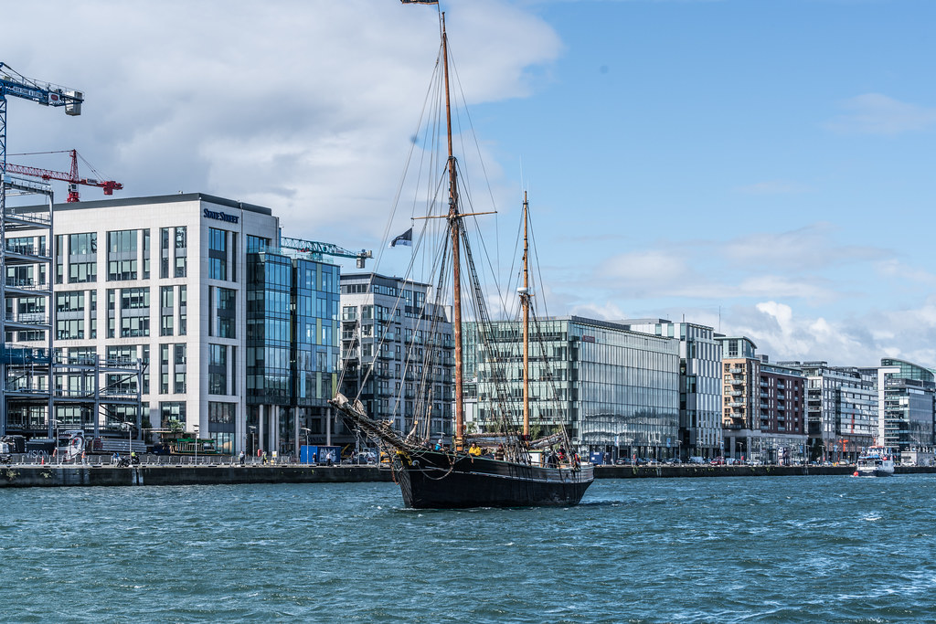 Bessie Ellen - 1904 Historic Trading Ketch [Departing Dublin Port]-129452
