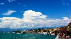 Sirmione del Garda (Juergen Huettel Photography) Tags: jhuettel gardasee lake water clouds blue sky garda sirmione italy landscape