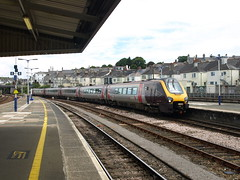 Crosscountry Class 221 Super Voyager 221133 arrives at Plymouth (Oz_97) Tags: crosscountry 221133 plymouth