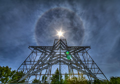 Roanoke Star Summer Halo (Terry Aldhizer) Tags: roanoke star summer halo mill mountain blue ridge optic clouds sky straight up
