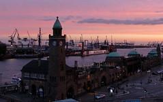 Abendrot...red sunset (Anke knipst) Tags: sunset hamburg hafen landungsbrücken werft blohmundvoss kräne cranes habour red explore