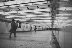 Underground (mripp) Tags: art kunst vortage retro black white mono monochrom schwarz weiss city urban stadt street strase leica m10 summicron 28mm
