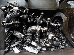 Working on the Railways (Steve Taylor (Photography)) Tags: art sculpture bronze men uk england london paulday stpancras station statue themeetingplace train tunnel railway rail sleeper clipboard inspector working