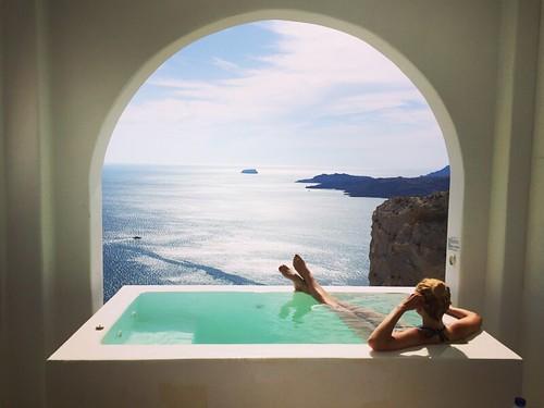 R_2xWXmPyBVf7XCtR_Santorini