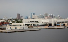 Fort Lauderdale Skyline (Stabbur's Master) Tags: cruising cruise cruiseterminal ftlauderdalecruiseterminal skyscraper skyline floridaskyline ftlauderdaleskyline ftlauderdaleskyscrapers ftlauderdalecondos carnivalcruiseline porteverglades