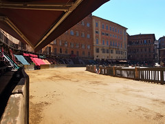 La terra di Siena < Explore > (pigianca) Tags: italy siena palio piazzadelcampo terra tufo ricohgriv explore