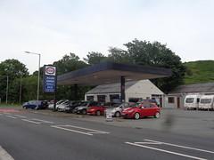 Esso - Allan Green Vehicle Sales - Penrhyndeudraeth, Gwynedd 2 (christopherbarker13) Tags: esso petrolstation garage exxon allangreenvehiclesales penrhyndeudraeth gwynedd