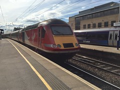 Haymarket (agcthoms) Tags: scotland edinburgh haymarket station railways trains hst virgintrains class43 43315