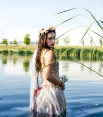Ophelia Ofelia (gaudiramone) Tags: ophelia opheliaproject proyectoophelia water watergirl underwater retrato portraiture girl girlcostume costume cosplay cosplaygirl ofelia proyectoofelia muertedeofelia