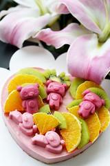 Bear cake (MelindaChan ^..^) Tags: bears cake dessert food eat mousecake homemade chanmelmel mel melinda melindachan sweet fruit flower