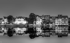 reflection -Namur-Meuse (YᗩSᗰIᘉᗴ HᗴᘉS +6 500 000 thx❀) Tags: night blackandwhite reflexion réflection reflection reflets wallonie water namur meuse hensyasmine 7dwf crazytuesdaytheme