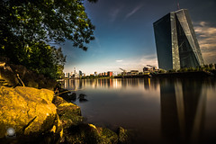 Urban Breakfast (MF-otografie) Tags: city urban nature outdoor ezb skyline river main frankfurt ffm sunny sun clouds