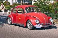 Volkswagen Typ 1 1300 Luxus Beetle 1967 (7146) (Le Photiste) Tags: clay volkswagenagvagwolfsburggermany volkswagentyp11300luxus cv volkswagenbeetle volkswagentyp1113m0871300luxus germancar germanicon simplyred ferdinandporsche hansledwinka erwinkomenda franzreimspiess 1967 witmarsumfryslân fryslânthenetherlands thenetherlands 6036ea sidecode2 artisticimpressions beautifulcapture canonflickraward creativeimpuls digitalcreations finegold hairygitselite lovelyflickr mastersofcreativephotography niceasitgets photographicworld soe simplysuperb simplybecause thebestshot thepitstopshop vigilantphotographersunitelevel1 vividstriking wow wheelsanythingthatrolls yourbestoftoday afeastformyeyes aphotographersview autofocus alltypesoftransport allkindsoftransport anticando bestpeople'schoice themachines thelooklevel1red blinkagain cazadoresdeimágenes bloodsweatandgear gearheads greatphotographers oldcars carscarscars digifotopro django'smaster damncoolphotographers fairplay livingwithmultiplesclerosisms giveme5 infinitexposure iqimagequality photographers planetearthtransport planetearthbackintheday prophoto slowride groupecharlie photomix saariysqualitypictures theredgroup interesting ineffable