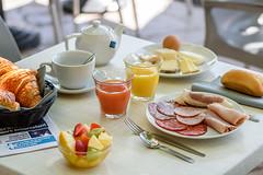 Hôtel LE GOLFE Cassis - petit déjeuner