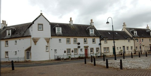 Historic cottages, Irvine