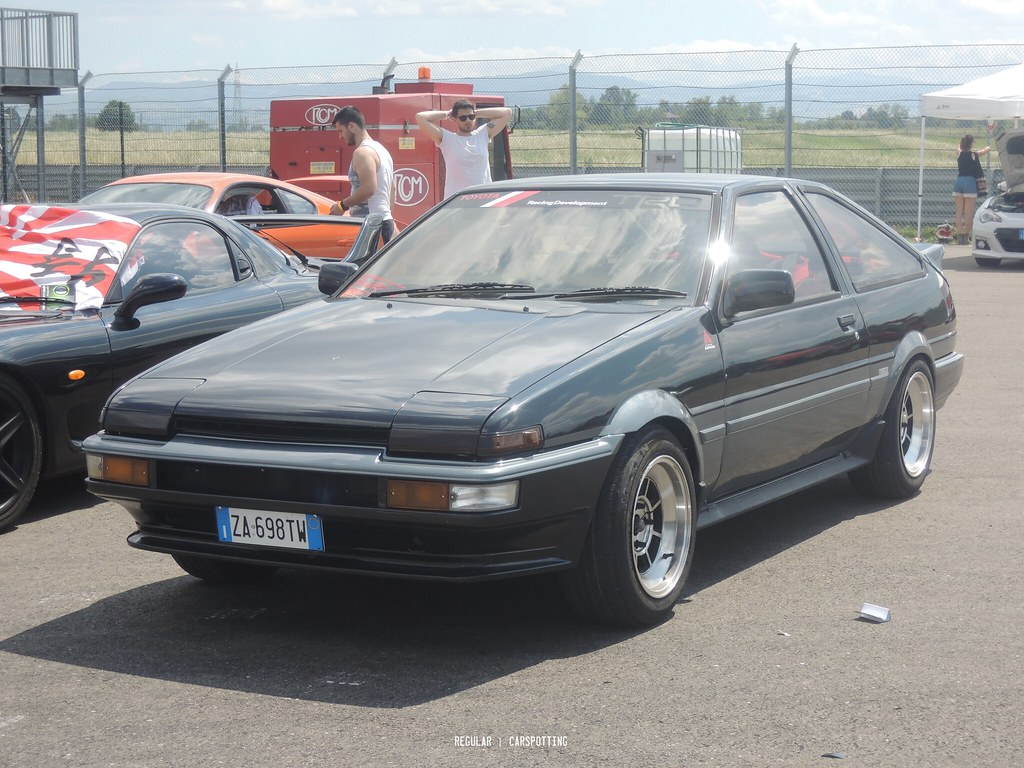 the world 39 s best photos of ae86 and corolla flickr hive mind. Black Bedroom Furniture Sets. Home Design Ideas