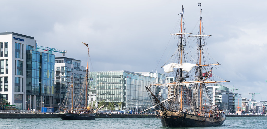 THE PHOENIX LEAVES DUBLIN PORT [DUE TO VISIT DROGHEDA LATER IN THE WEEK]-129431