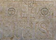 Tomb carvings | Corcomroe Abbey | Exploring the Burren-5 (Paul Dykes) Tags: theburren cistercians corcomroeabbey countyclare ireland ie eire abbeyruins monasteryruins mediaeval medieval religiousbuilding churchruins englishreformation