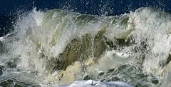 Anatomy of a breaking wave (Ciceruacchio) Tags: anatomy anatomie anatomia breakingwave vaguedéferlante ondadirottura ecume schiuma spume embruns seaspray spruzzidimare mer sea mare océan ocean oceano côteatlantique atlanticcoast costaatlantica rivage littoral aquitaine france francia frankreich nikond750