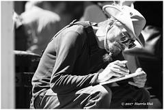 Painting Artist - Gastown XP6668e (Harris Hui (in search of light)) Tags: harrishui fujixpro2 digitalmirrorlesscamera fuji fujifilm vancouver richmond bc canada vancouverdslrshooter mirrorless fujixambassador xpro2 fujixcamera fujixseries fujix fuji90mmf2 fujiprimelens fixedlens portrait artist candid street streetportrait streetphotography streetcandid gastown bw monochrome digitalbw blackwhite acros acrosbwfilmsimulation