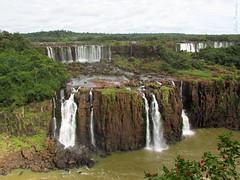 Cataratas do Iguaçu II / Iguassu Falls II (nadia.veronica) Tags: watterfalls watter água outdoors aoarlivre nature naturalmente natureza cataratasdoiguacu 7dwf bgtpr canonpowershotsx400is