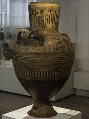 "Boeotian Pottery – Boeotian Pithos-Amphora (egisto.sani) Tags: atene man museoarcheologiconazionale vasi ""pithos amphora"" ""anfora pithos"" artemis artemide ""potnia theron"" ""boeotian pottery"" ""ceramiac beota"" ""greek ""ceramica greca"" ""arte creca"" ""greek art"" ""late geometrical period"" ""periodo tardo geometrico"" ""lg beozia boeotia thebes tebe athens ""national archaeological museum"" ""museo archeologico nazionale"" nm 200"