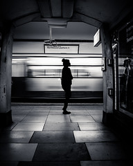 Northbound (Ferdinand Bart Alst - Pixel Your Soul Photography) Tags: northbound metro subway underground tube mindthegap london londen silhouette girl female bw blackwhite 50mm street photography